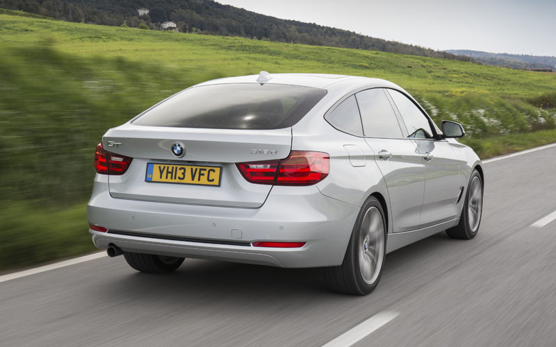 1051_BMW_3_Gran_Turismo_Rear_Action