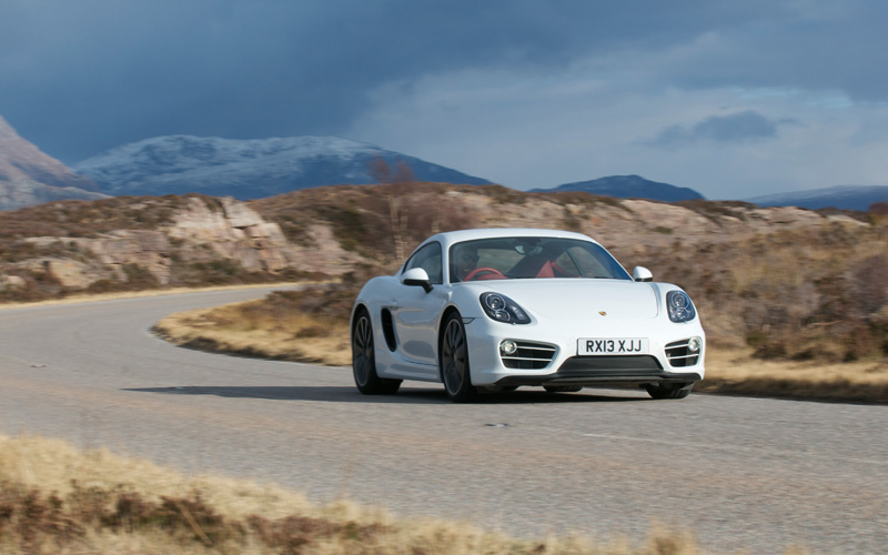 648_Porsche_Cayman_roadtest_more_action