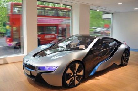 i_dealership_in_Londons_Park_Lane_BMW_33251