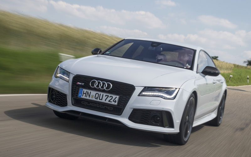 Audi RS7 review action