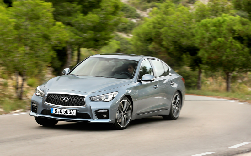 Infiniti_Q50_car_review