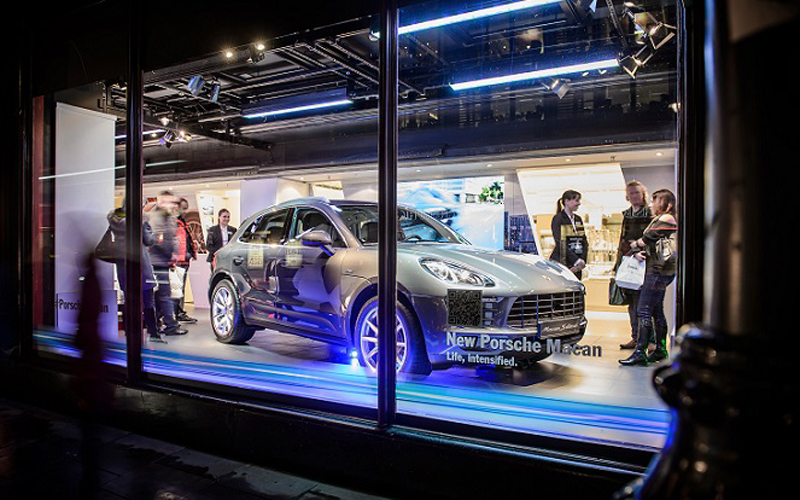 Porsche Macan makes its first UK appearance at Harrods