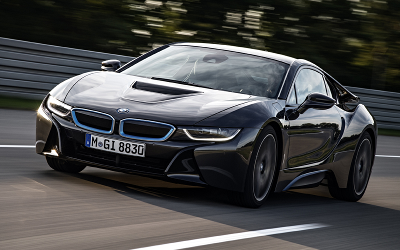 711_BMW_i8_review_actino2