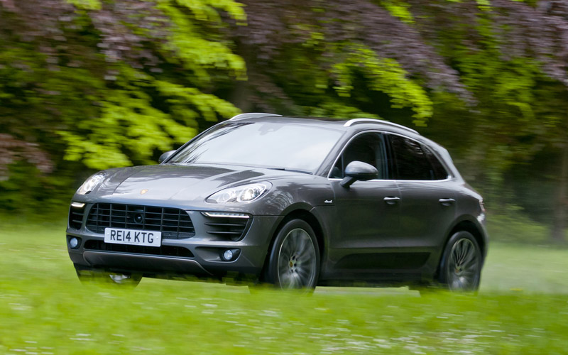 714_Porsche_Macan_Diesel_review_action