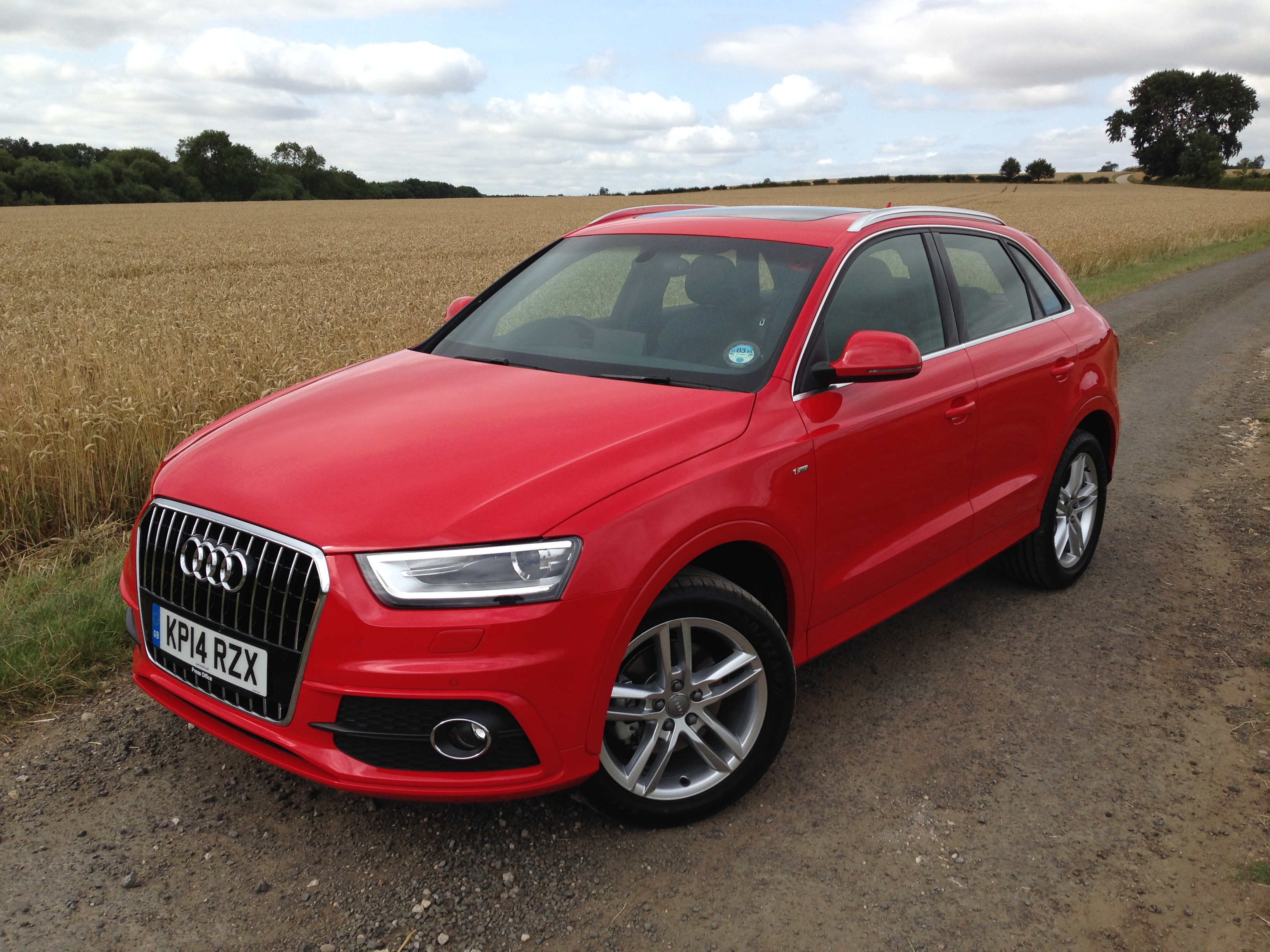 Audi, Q3, 1.4 TFSI, parked, fiield