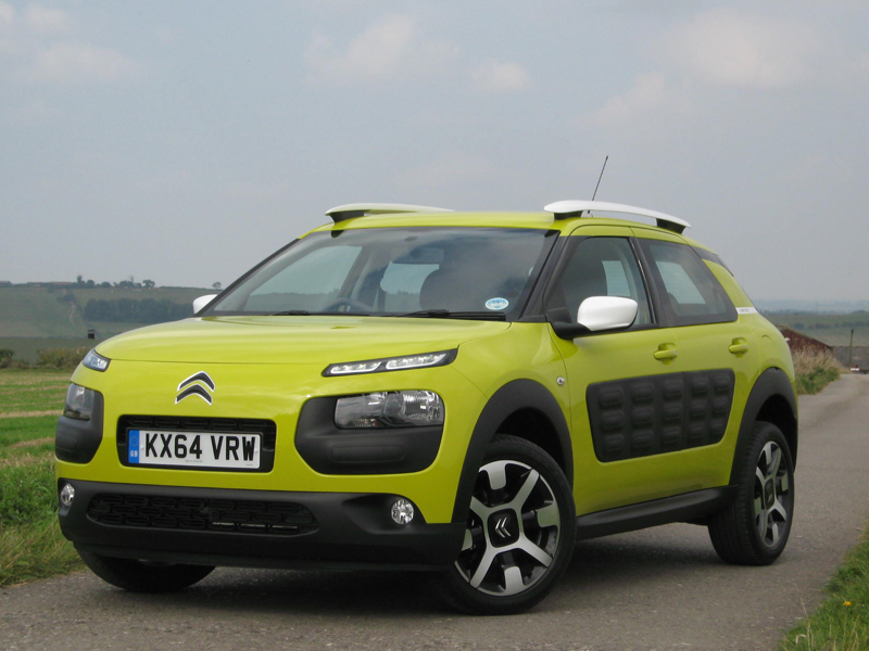 Citroen, C4, Cactus, front, three, quarter, yellow