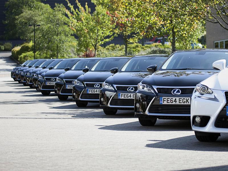 Lexus Fleet of IS800