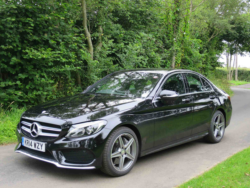 Mercedes, E-Class, styling, too, similar, to, the, bigger, E, Class