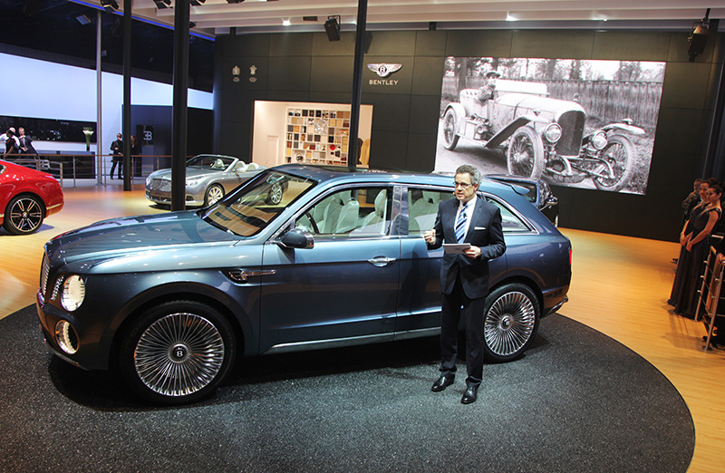 414_Bentley_SUV_Concept_Geneva