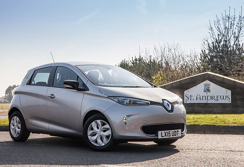 697_Renault chosen for biggest all electric car club in Scotland 65545
