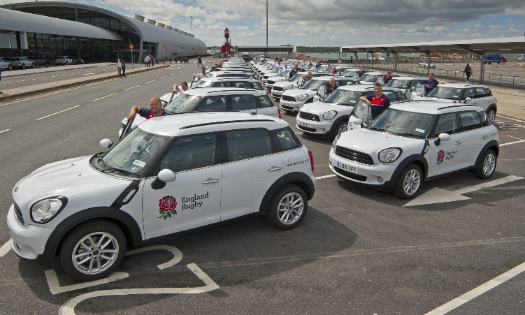 RFU coaches collect MINI Countryman fleet