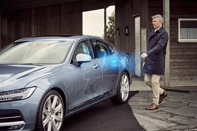 Volvo's keyless future uses a phone app