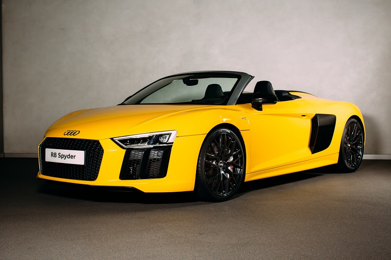 A 197mph mover but not a shaker – the all-new Audi R8 Spyder makes its UK debut