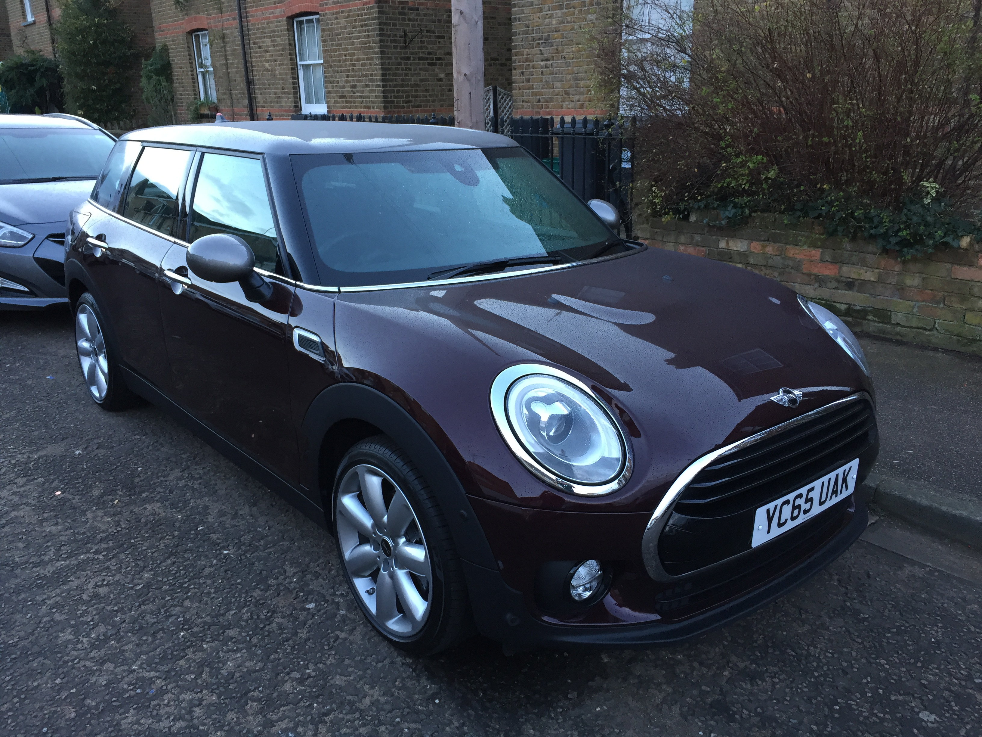Mini Clubman Cooper D First Report Business Car Manager