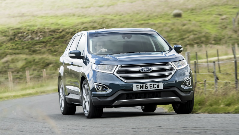 Ford Edge Titanium dynamic