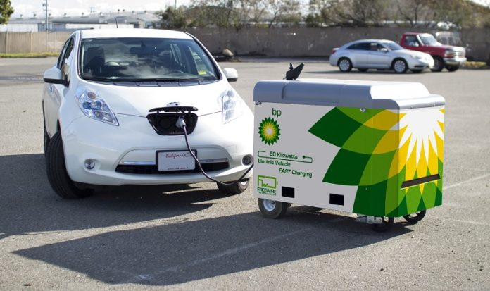mobile electric vehicle charging