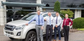 Isuzu fleet team
