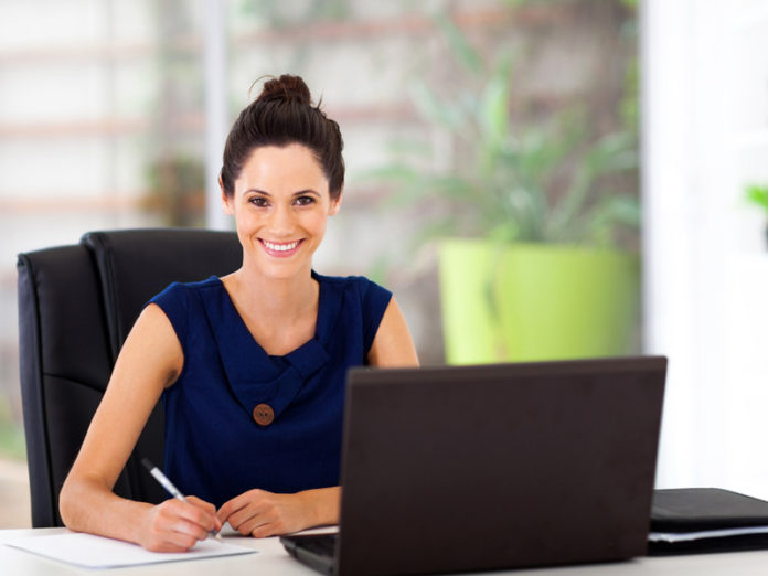 shutterstock_girl_at_desk_800