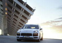 new Porsche Charging Service introduced with Cayenne E-Hybrid