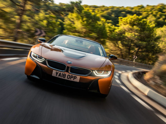 BMW i8 Roadster frontal shot