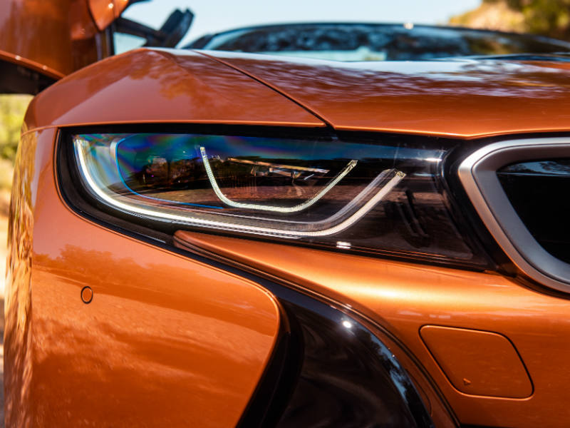 BMW i8 Roadster with new laser light option