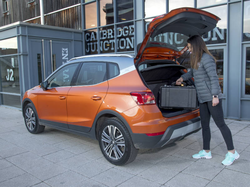 SEAT Arona review loading the boot
