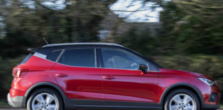 SEAT Arona review moving