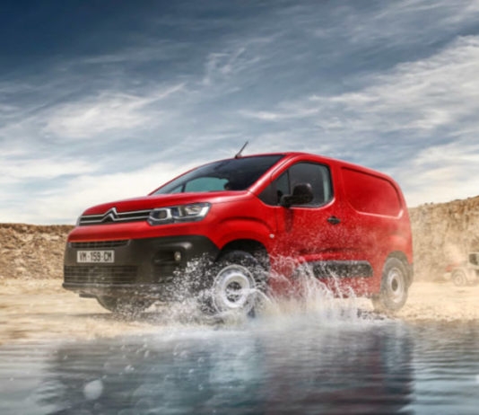 citroen berlingo available in driver and worker versions 696x522